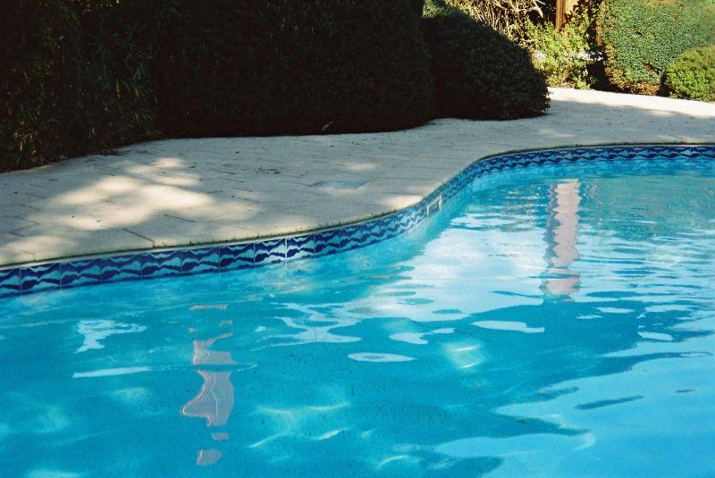 piscine ligne d 39 eau carrelage sur mesure dieppe 76200