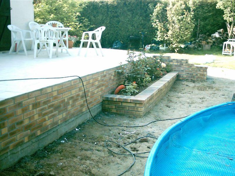 Sp cialiste en travaux d 39 am nagements jardinier for Entretien jardin 76