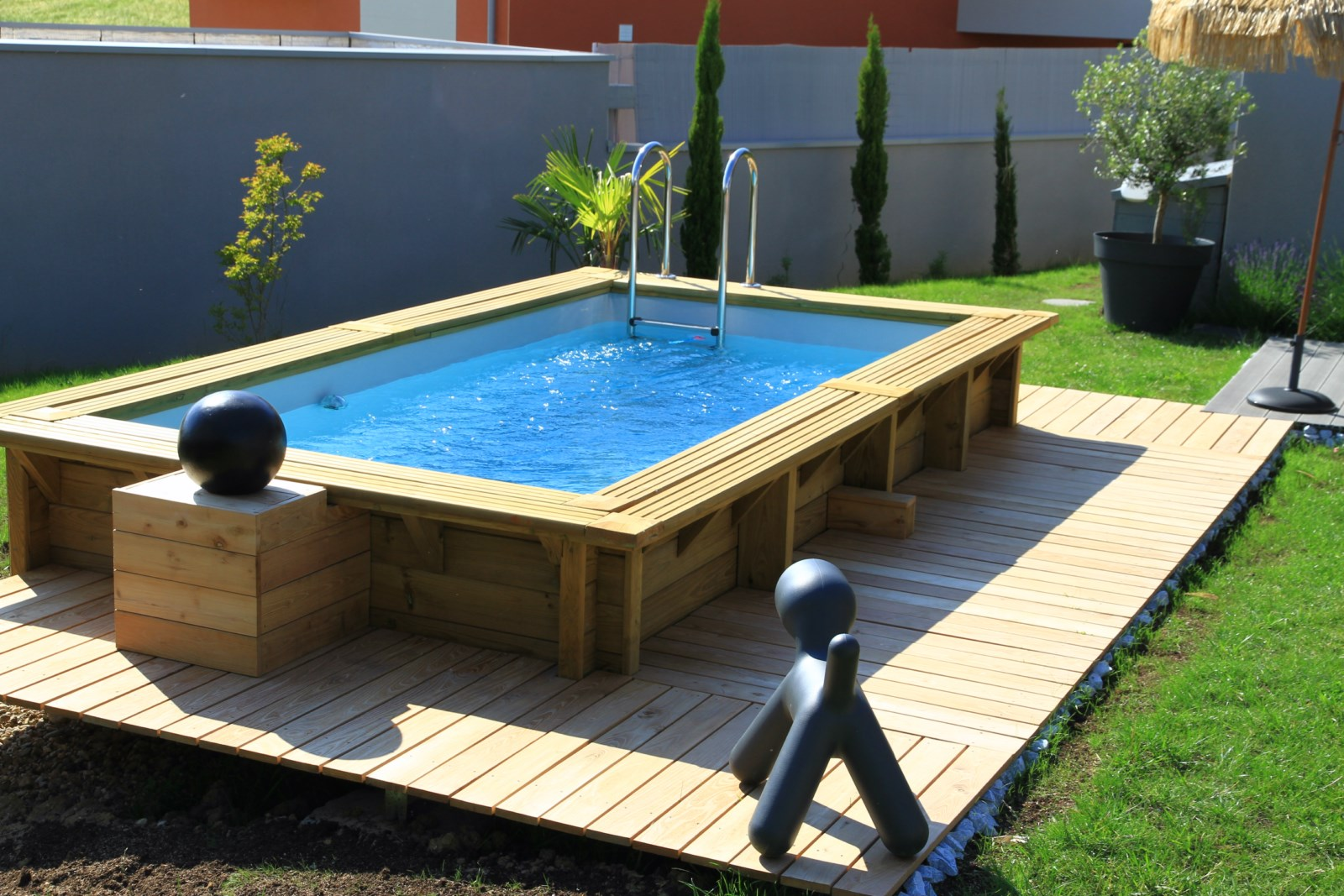Fabricant piscine bois for Piscine hors sol amenagee